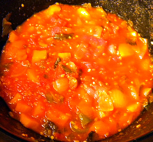 Spicy Tomato Sauce - Slow Cooker Recipe from Jalapeno Madness